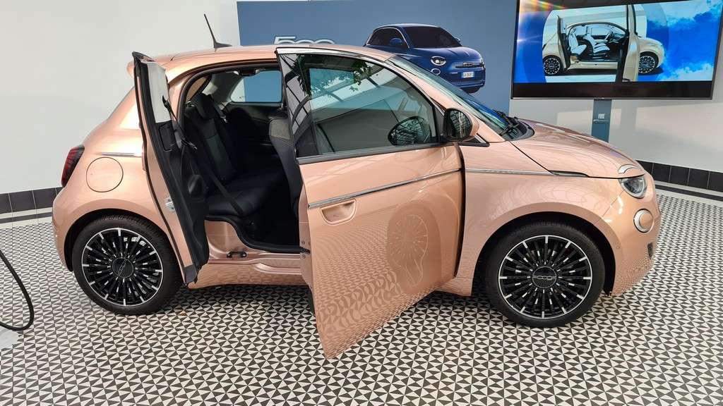 New Fiat 500e, presentation and introduction 34