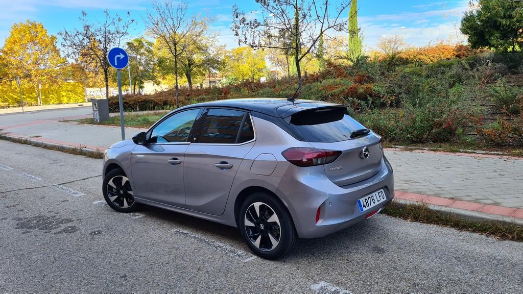 Opel Corsa-e, destilado 43