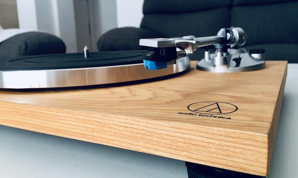 Análisis Audio Technica AT-LPW30TK: minimalismo y diseño 33