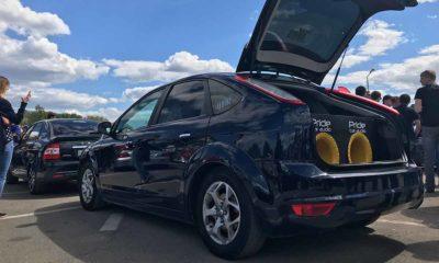 Si tienes un Tesla con altavoz PWS, ahora puedes convertir tu coche en un altavoz rodante