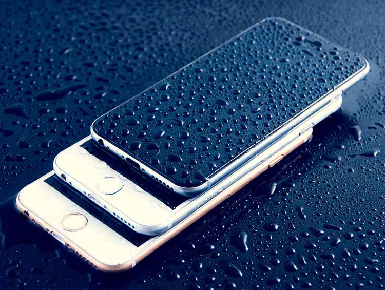 Italia sanciona a Apple por la supuesta resistencia al agua del iPhone