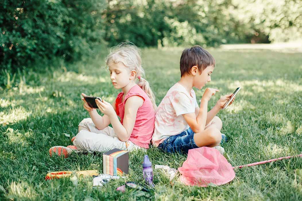 Dépendance aux écrans: un problème post-pandémique pour les mineurs?