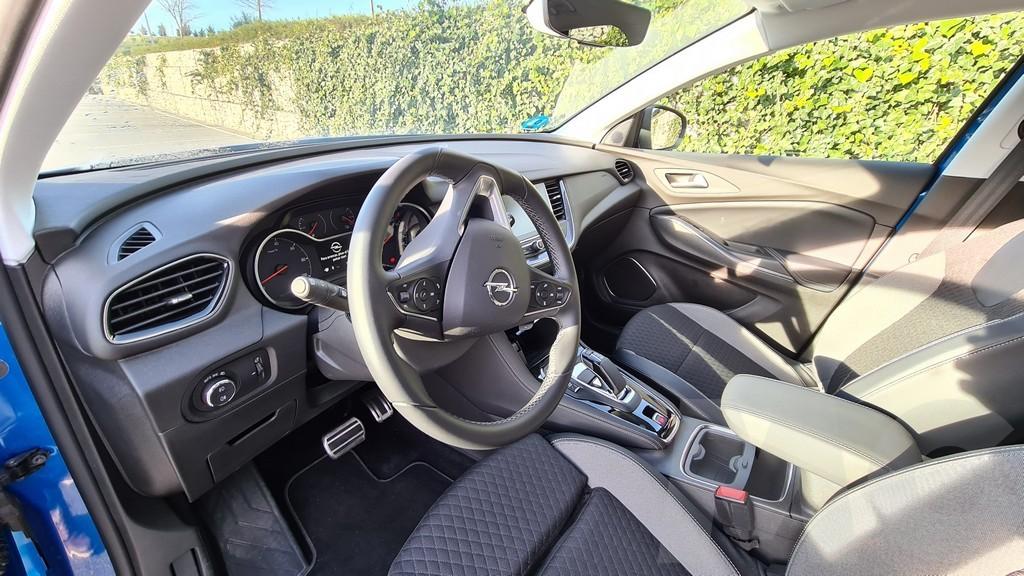 Opel Grandland X PHEV, conversos 36