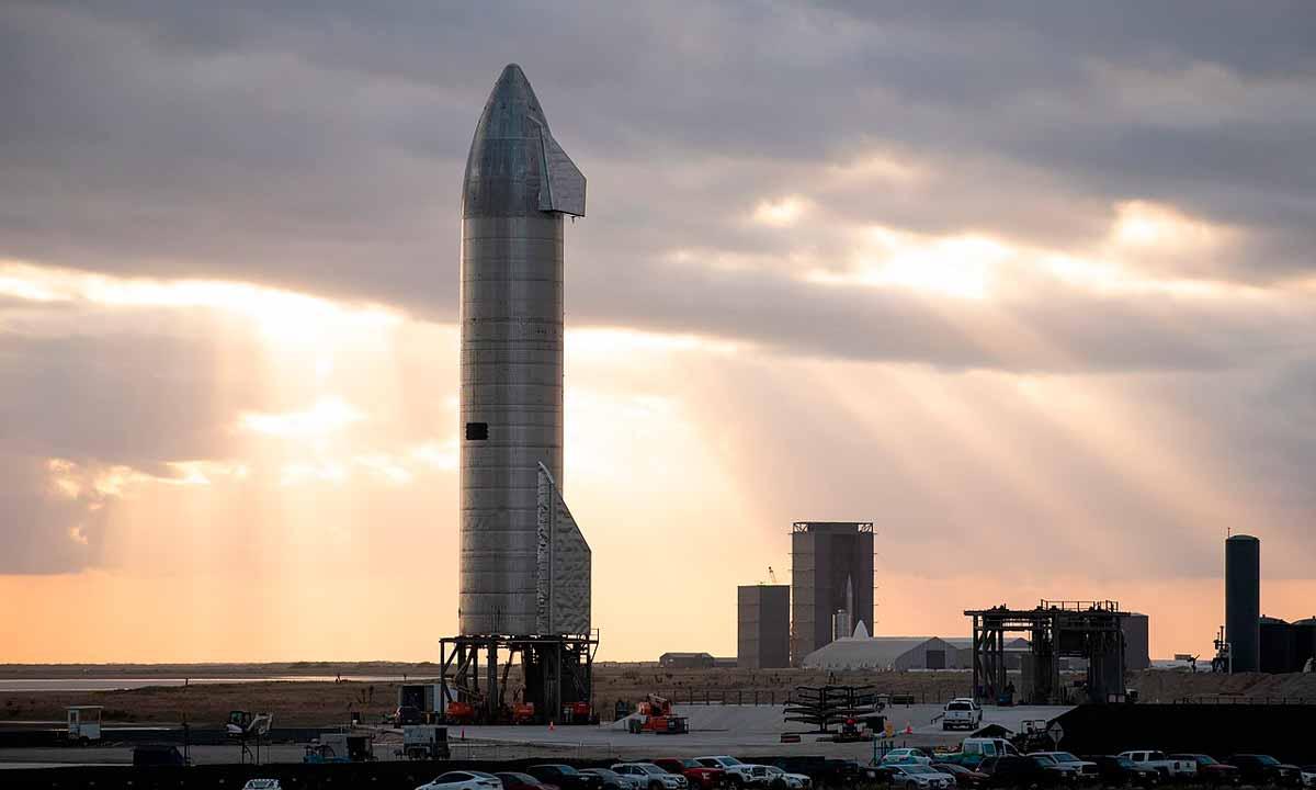 BlueOrigin vs SpaceX: El elegido para la misión Artemis