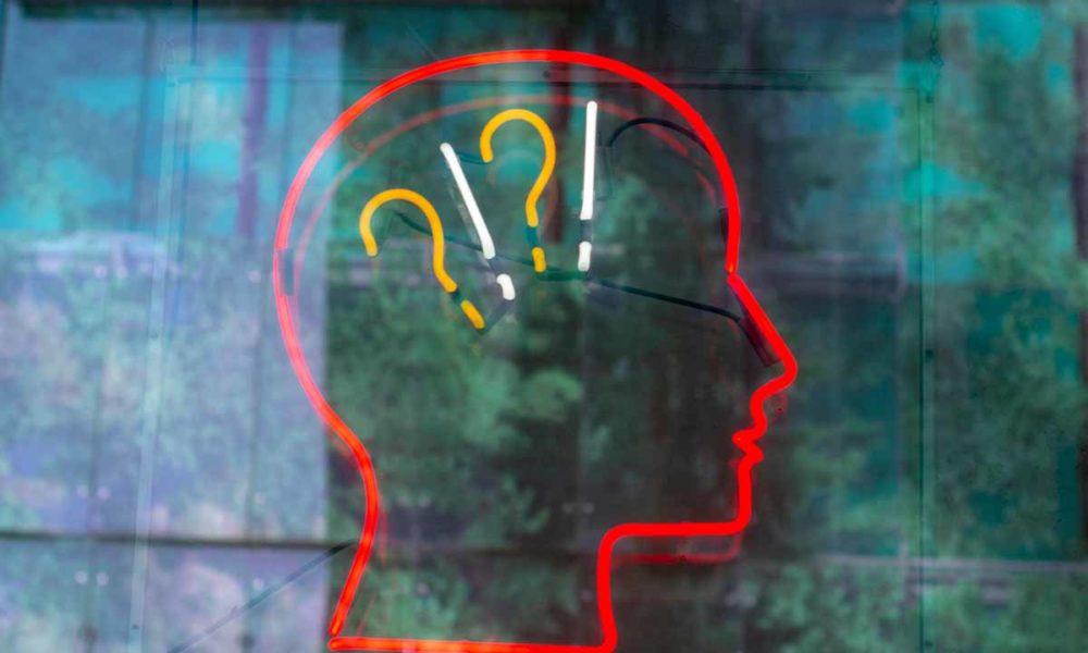 El logotipo de Amazon y los vídeos de ajedrez: ¿qué está pasando?