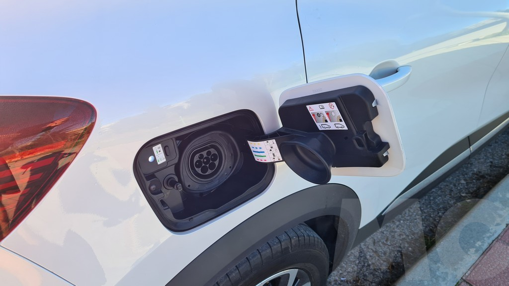 Renault Captur e-Tech, narrativa 44