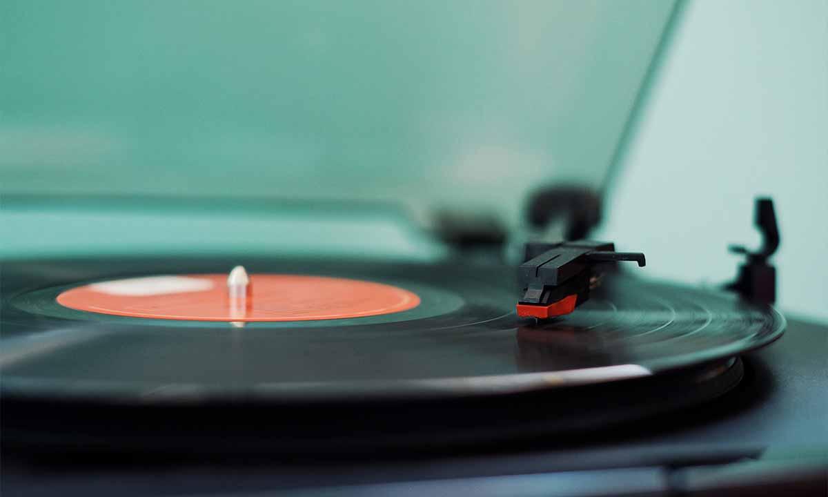 Discográficas: ¿tienen los años contados?