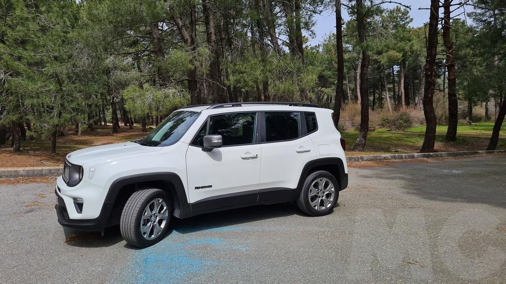 Jeep Renegade 4xe, lejanía 31