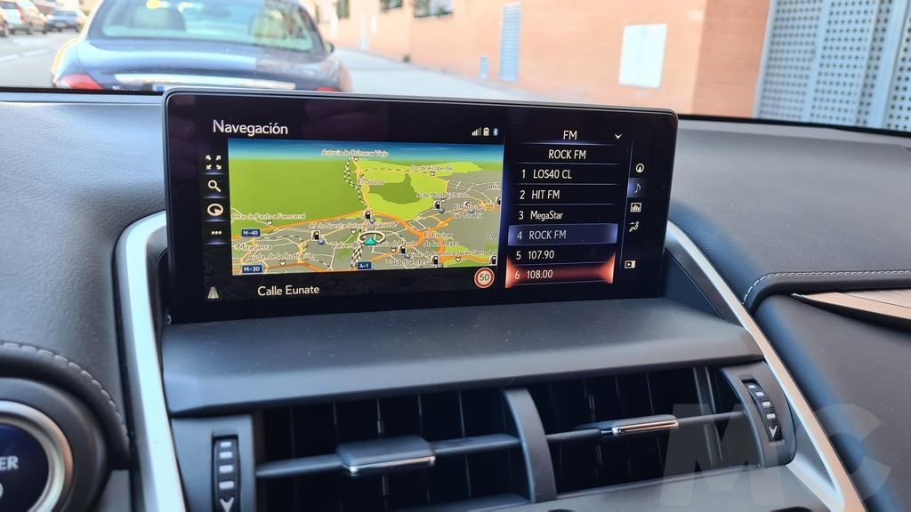 Lexus NX 300h, rocas 38