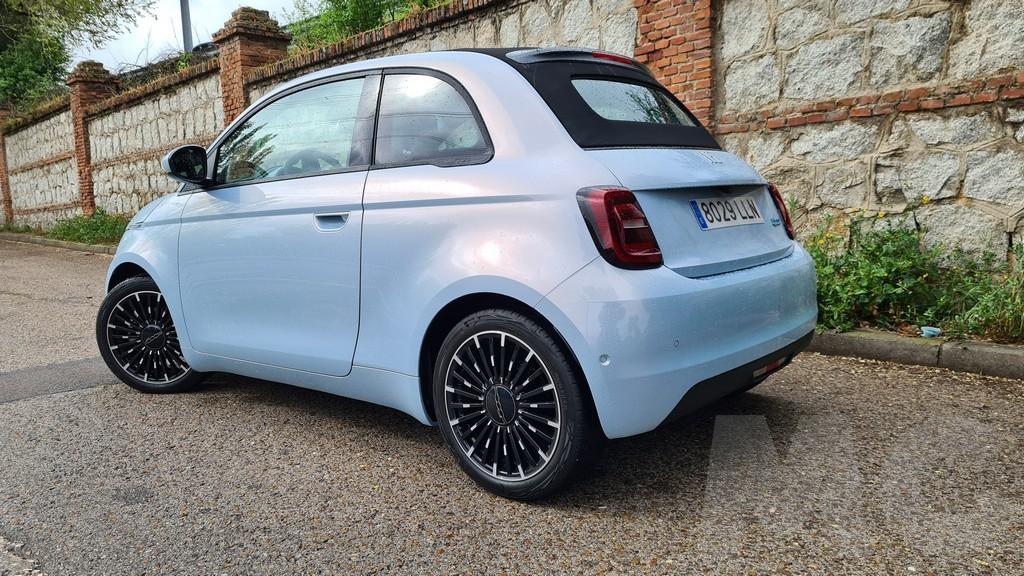 Fiat 500e cabrio, destino 35