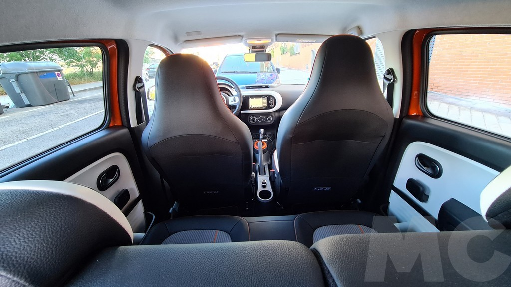Renault Twingo Electric, medidas 40