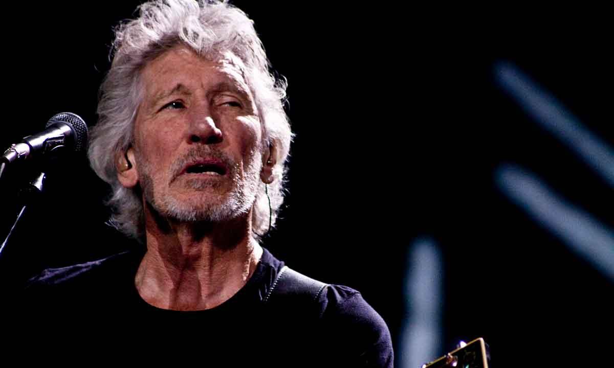 A Roger Waters no le gustan Facebook ni Mark Zuckerberg