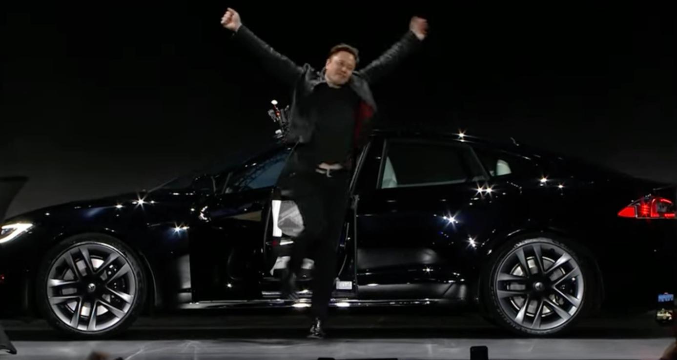 Tesla presenta el súper deportivo eléctrico Model S Plaid 34
