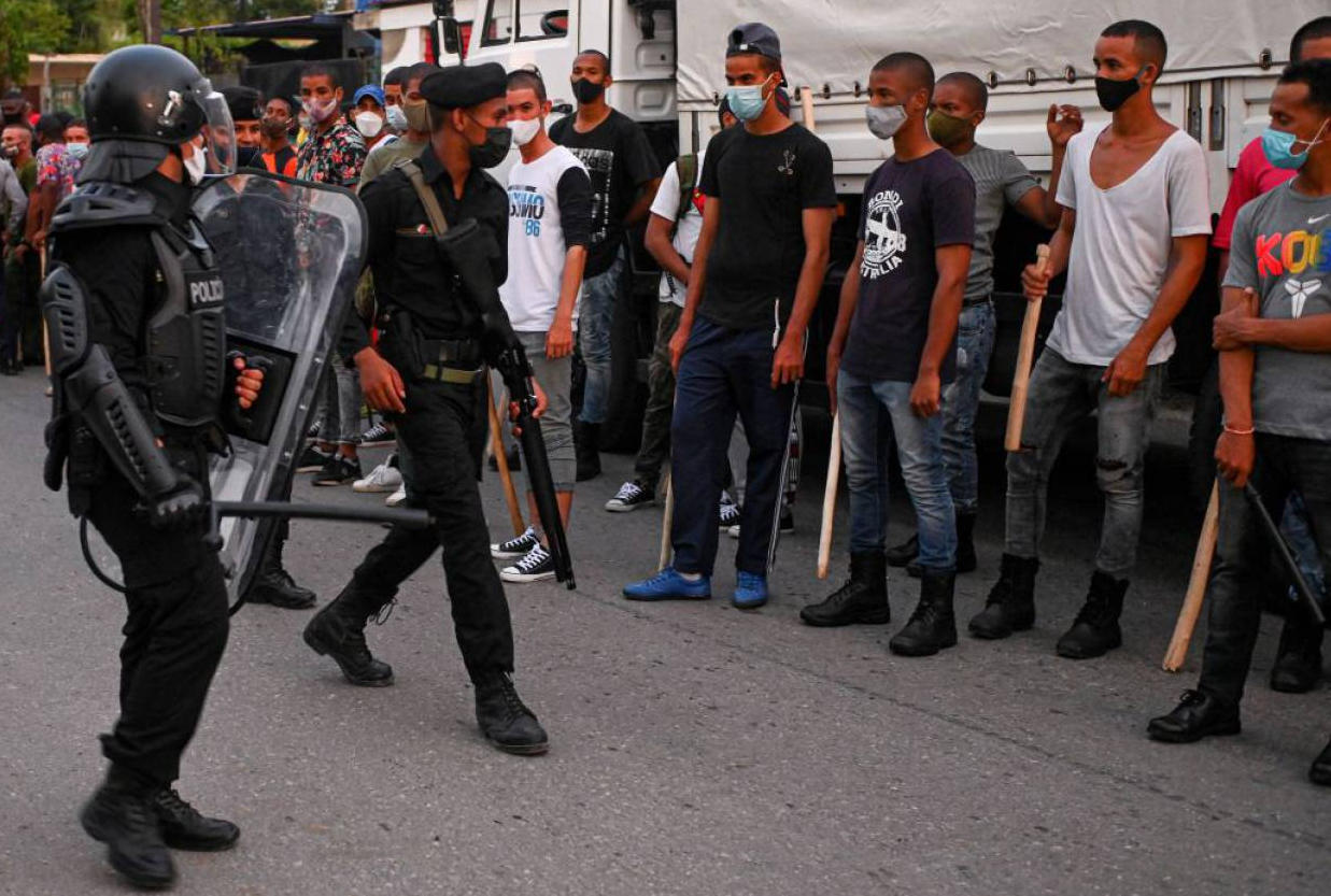 Cuba bloquea Internet