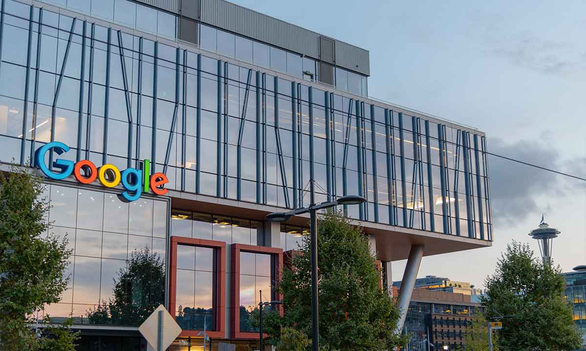 Francia multa a Google