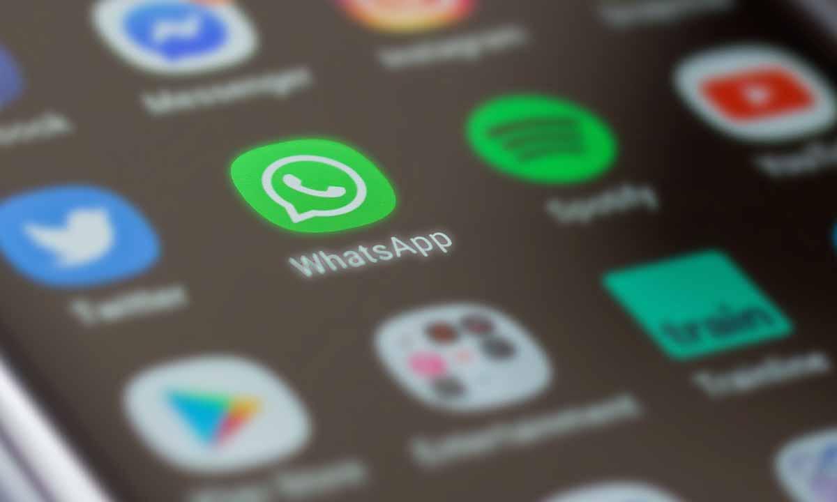 WhatsApp ya permite unirse en cualquier momento a llamadas grupales