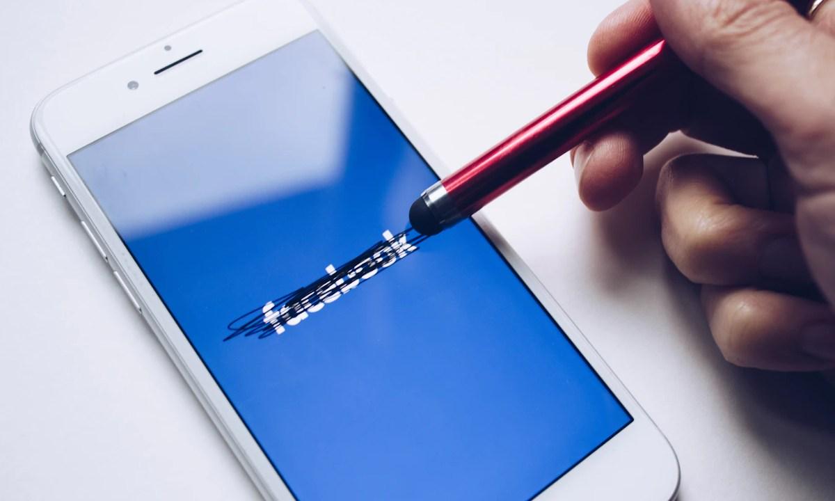 Facebook envió información errónea a investigadores