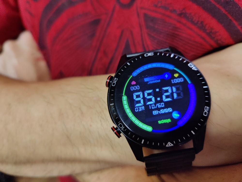 Smartwatch Radiant Las Vegas Premium y Le Baron, análisis 50