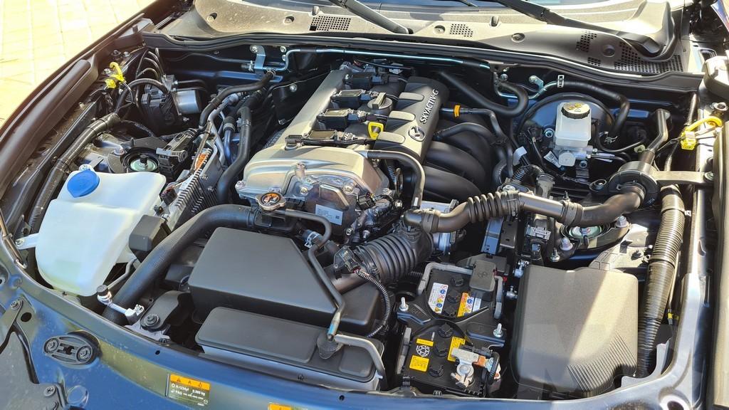 Mazda MX-5, épica 43