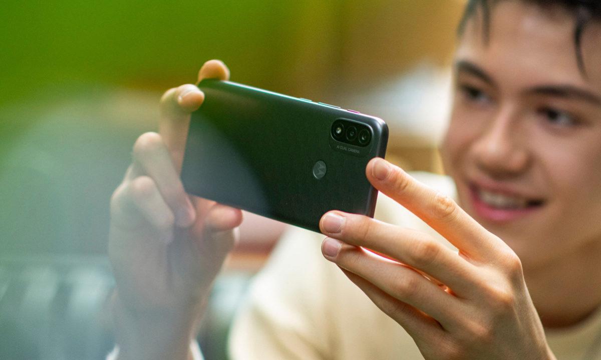 Moto E20 Android 11 Go Edition gama de entrada