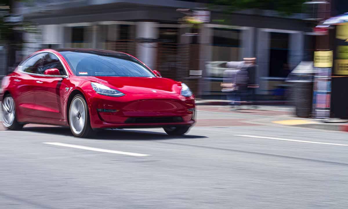 Tesla y su «Full Self-Driving» que no es tal cosa