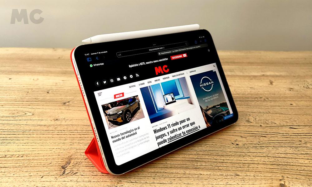 Apple iPad mini 2021 con Smart Folio y Apple Pencil de segunda generación.